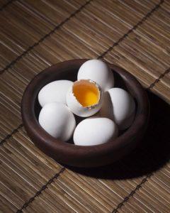 kraeuter-eier